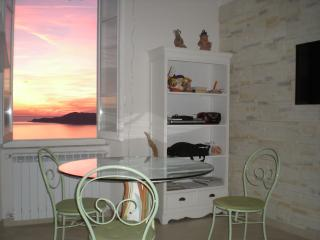 Nice 1 bedroom Condo in Lerici with Housekeeping Included - Lerici vacation rentals