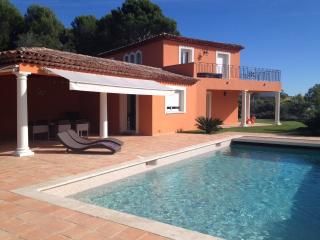 Wonderful, classic Provencal villa in Boit on the French Riviera - Biot vacation rentals