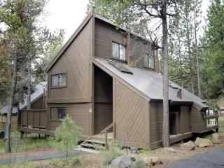 POLE HOUSE 15 - Sunriver, Oregon - Sunriver vacation rentals