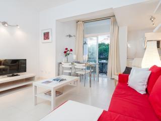 Apartment XARA - Puerto de Alcudia vacation rentals