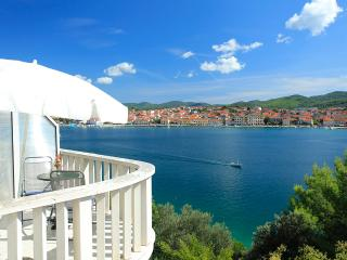 ***amazing view apt for 2,by the beach - Vela Luka vacation rentals