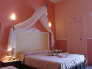 Nice Bed and Breakfast with Internet Access and Central Heating - Sammichele di Bari vacation rentals