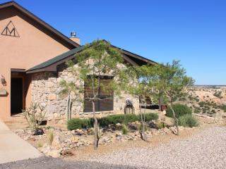 2 bedroom Cottage with Internet Access in Canyon - Canyon vacation rentals