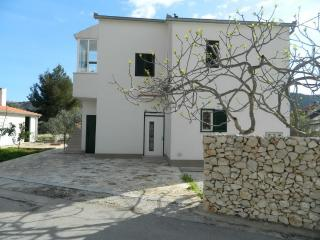 Apartments - Gaya Vinišće - Vinisce vacation rentals