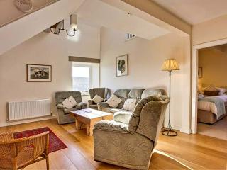 NETHERGILL HAY MEW, character cottage, woodburner, farm location, near Oughtershaw and Buckden, Ref. 22125 - Buckden vacation rentals