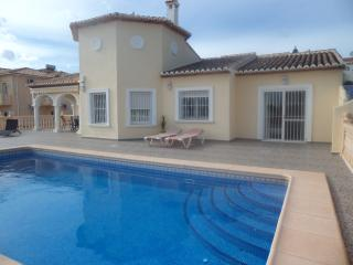 Calpe Luxury 3 bed Villa   A/C  Pool   Wi Fi - Calpe vacation rentals
