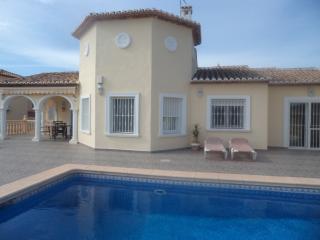 Luxury Vila  - Calpe - A/C - Wi Fi Pool - Nr shops - Calpe vacation rentals