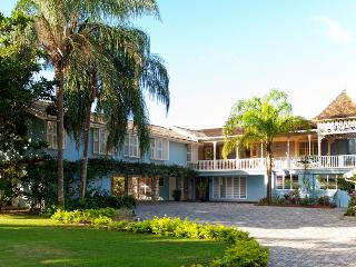 Charming 7 bedroom Villa in Discovery Bay - Discovery Bay vacation rentals