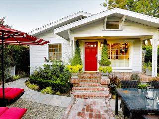 WH Hollywood House - Fully Redone Early 20th Century Cottage close to Beverly Center! - Los Angeles County vacation rentals