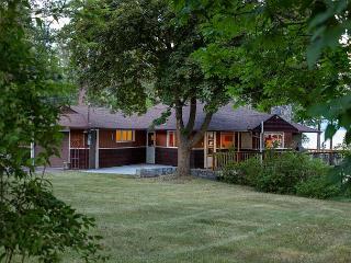 NEW REDUCED SUMMER RATES Flathead Lake Vacation Rental - Dayton vacation rentals