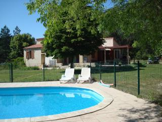 4 bedroom House with Internet Access in Eguilles - Eguilles vacation rentals