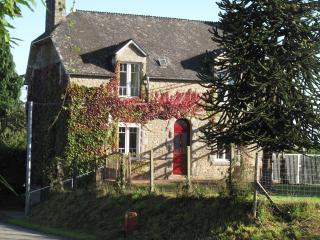 Bellon - La Croix Hellean vacation rentals