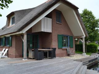 Luxe Bungalow type Breeuw op Waterpark Belterwiede - Wanneperveen vacation rentals