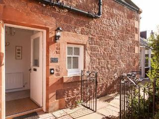 GOLF LODGE COTTAGE - North Berwick vacation rentals