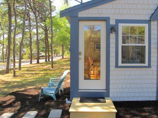 Great Reviews, 3 Bed, Kelleys Pond, Walk to Beach - West Dennis vacation rentals