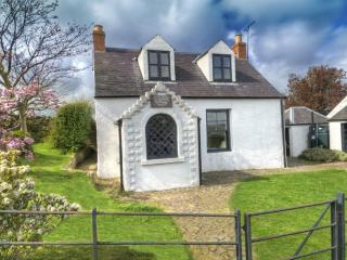 GYPSY PALACE, Kirk Yetholm, Roxburghshire, Scottish Borders - Yetholm vacation rentals