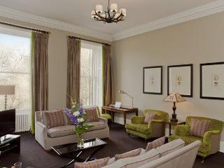 9A CASTLE TERRACE, Edinburgh, Scotland - Edinburgh vacation rentals