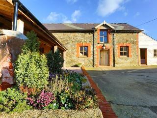 8 bedroom Farmhouse Barn with Internet Access in Chittlehampton - Chittlehampton vacation rentals
