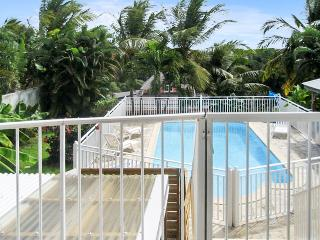 Beautiful apartment in Sainte Anne, Guadeloupe, with a balcony and sea views - Burgundy vacation rentals