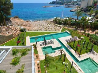 Boutique Sea front Luxury Apartment with Spa area. - Palma de Mallorca vacation rentals