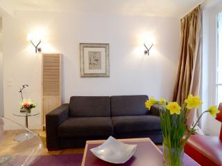 Montmartre 1BR Vacation Apartment Rental in Paris - Paris vacation rentals
