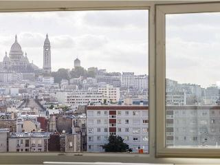 Amazing view Sacré-Coeur/Montmartre - Ingrandes vacation rentals