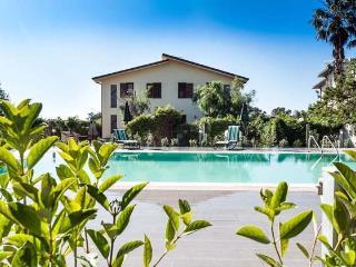 Sunny Sicily vacation Condo with A/C - Sicily vacation rentals