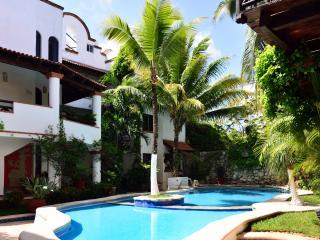 HSJ C2 1-bedroom - Playa del Carmen vacation rentals
