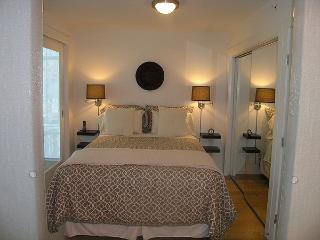 New Downtown Vancouver Apartment (30 Days stay) - Vancouver vacation rentals