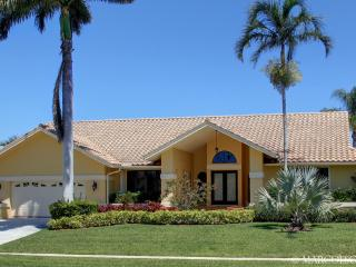 OSPREY COURT - Direct Gulf Access, Walk to the Beach !! - Marco Island vacation rentals