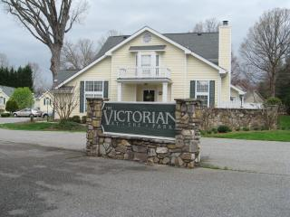 Charlestowne Square - Greensboro vacation rentals