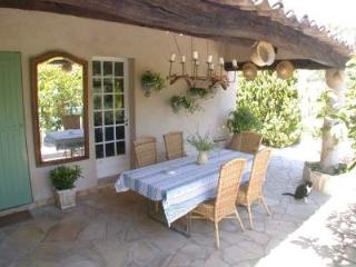 4 bedroom House with Internet Access in Le Rouret - Le Rouret vacation rentals