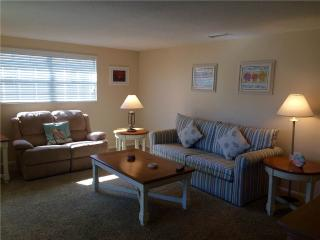 2BR located on the  widest part of Crescent beach - Villa 4 - Siesta Key vacation rentals