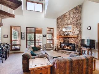 Aspen Creek 230 - Mammoth Condo - Near Eagle Lift - Mammoth Lakes vacation rentals