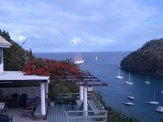 Lovely 4 bedroom Marigot Bay Villa with Deck - Marigot Bay vacation rentals