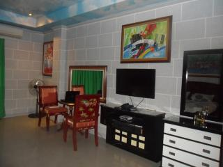 Angeles city condo direct vacation rental - Mabalacat vacation rentals