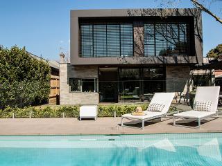 LUXICO - Mason St - Melbourne vacation rentals