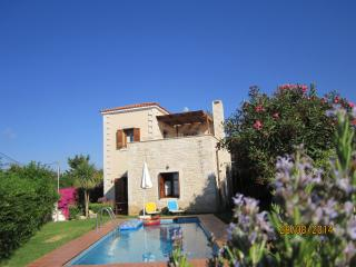 Stylish  villa, near Rethymno+beach, warm winter - Prines vacation rentals