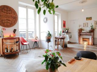 Parisian Bed and Breakfast at Faubourgs in Paris - Paris vacation rentals