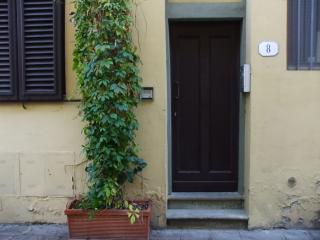 Casa in Via Luna 8 Firenze Italia - Florence vacation rentals