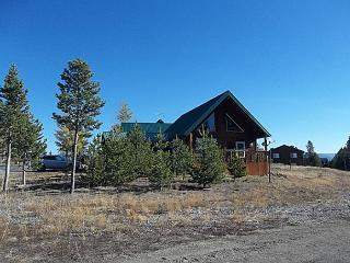 Big Springs Bungalow is less than 20 minutes to Yellowstone National Park. - Island Park vacation rentals