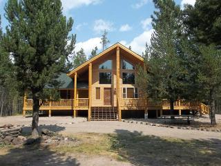 Moose Tracks is a brand new cabin just waiting for your family memories. - Eastern Idaho vacation rentals