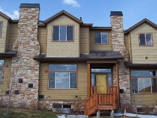 4BR/3.5BA Remarkable Bear Hollow TownHome with Hot Tub, Park City, Sleeps 10 - Park City vacation rentals