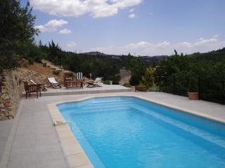 Sunny Villa with Internet Access and Outdoor Dining Area - Esparron de Verdon vacation rentals