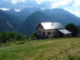 Nice Chalet with Deck and Internet Access - Les Thuiles vacation rentals