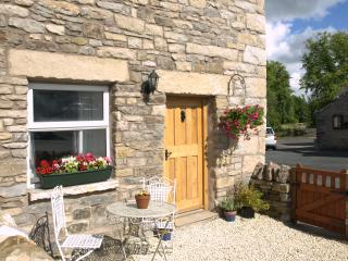 Comfortable 1 bedroom Cottage in Orton with Internet Access - Orton vacation rentals