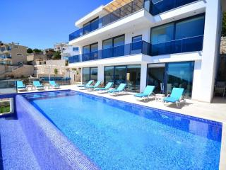 Luxury holiday villa in Akbel kalkan,sleeps:12-127 - Kalkan vacation rentals