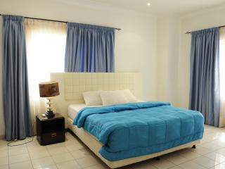 T.N. Hospitality Exec Superior AptHotel RM-{2-BRs} - Accra vacation rentals