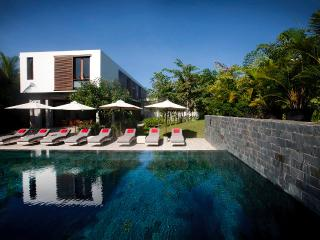 Villa Ni Say (6 bedroom villa, houses 12pax) - Siem Reap vacation rentals