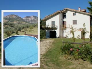 Holiday Villa, Civitella Casanova, Abruzzo Italy - Civitella Casanova vacation rentals
